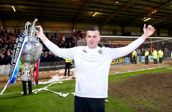 29/04/13 GLASGOW CUP FINAL.CELTIC U17 v RANGERS U17.FIRHILL - GLASGOW.Rangers goalkeeper Liam Kelly celebrates with the trophy
