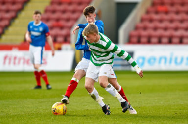 30/04/18 GLASGOW CUP FINAL.CELTIC U17s V RANGERS U17s.THE ENERGY CHECK STADIUM AT FIRHILL - GLASGOW.Celtic's Scott Robertson (centre) and Ben Williamson in action